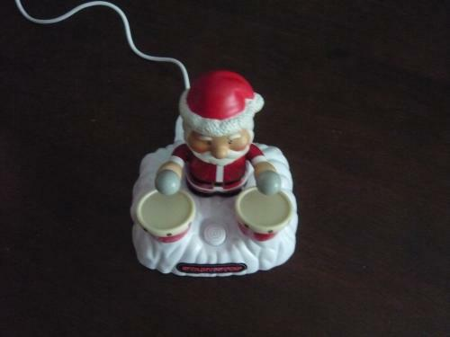 usb-christmas-drumming-santa-5