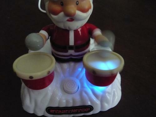 usb-christmas-drumming-santa-7
