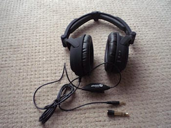 Able Planet NC200 Foldable Noise Canceling Headphone 6