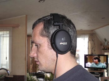 Able Planet NC200 Foldable Noise Canceling Headphone 4