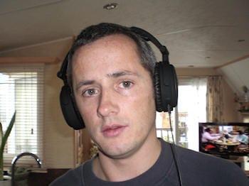 Able Planet NC200 Foldable Noise Canceling Headphone 9