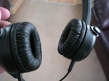 Hands on Able Planet TL300 Linx Audio Dual Headset 7