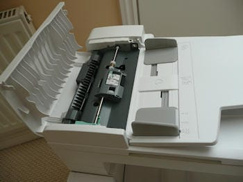 hands-on-xerox-phaser-6128mfp-color-multifunction-printer-23