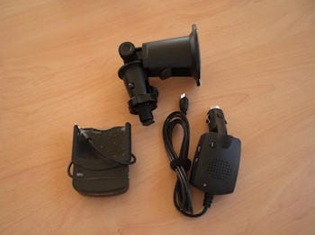 iPhone 3G Hands Free Car Mount Charging Kit 14