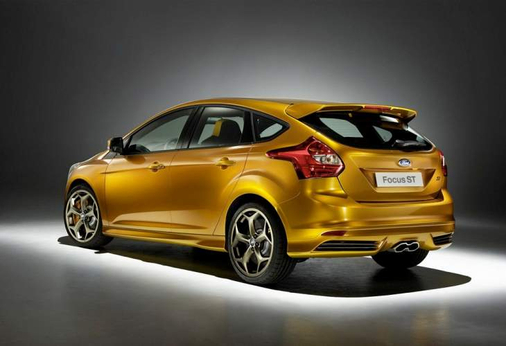 2013 Ford Focus ST review gathering – lacks 3-door variant