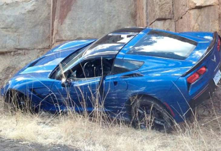 2014 Chevy Corvette Stingray accident sparks handling debate