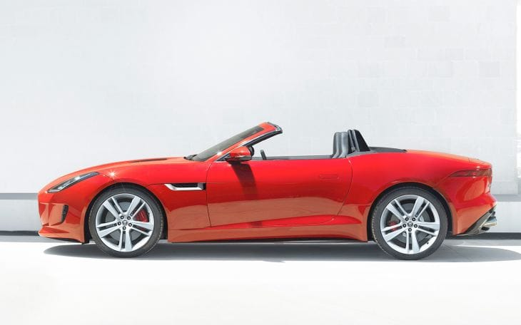 2014 Jaguar F-Type video review