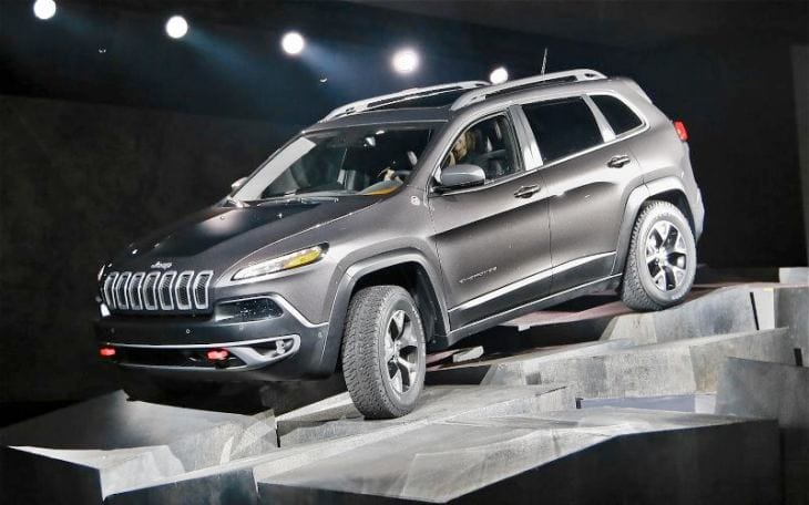 2014 Jeep Cherokee delay