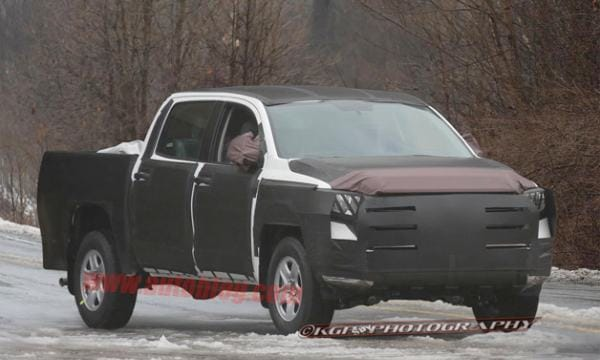 2014 Toyota Tundra enhancements in latest spy shots