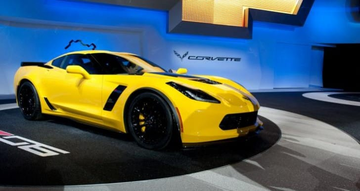 2015 Chevrolet Corvette Z06 trounces Jaguar F-Type R Coupe