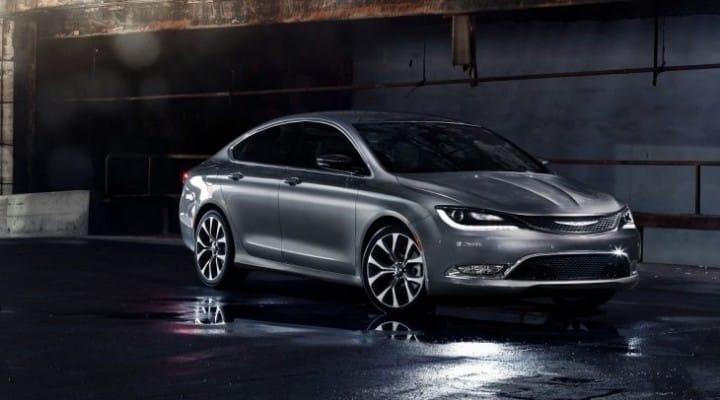 2015 Chrysler 200 sedan promotes new jobs
