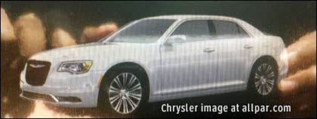 2015 Chrysler 300 refresh changes hard to see
