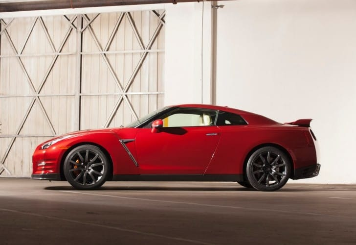 2015 Nissan GT-R price increase along with specs