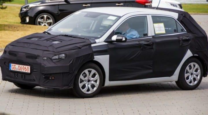 2015 Hyundai i20 spied once again