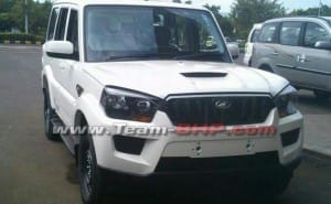 2015 Mahindra Scorpio facelift exterior outed