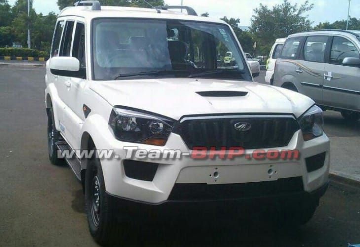2015 Mahindra Scorpio SUV facelift exterior outed