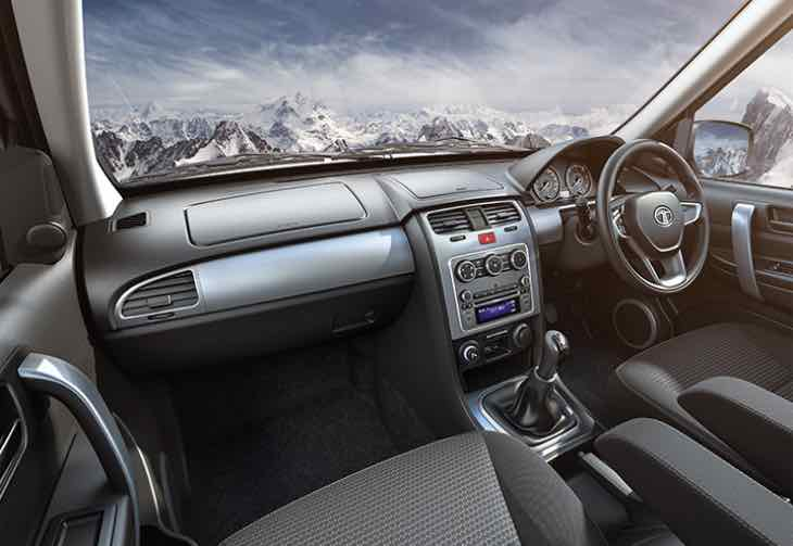 2015 Tata Safari Storme facelifted interior