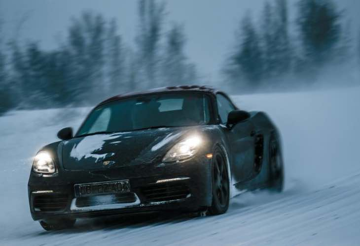 2016 Porsche 718 Boxster review for cold conditions