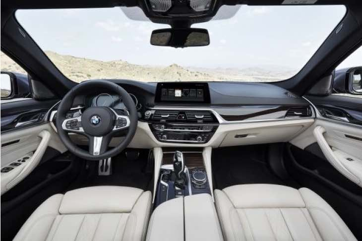 2017-bmw-5-series-interior