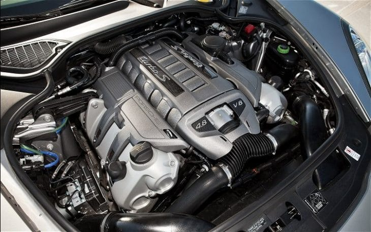 2017 Porsche Panamera engine choices
