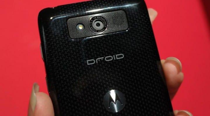Motorola DROID Mini review and versus RAZR M