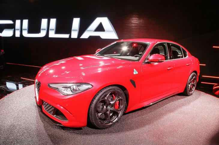 alfa romeo giulia 2016 engine lineup excitement product reviews net. Black Bedroom Furniture Sets. Home Design Ideas