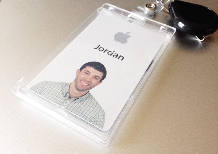 Apple-Employee