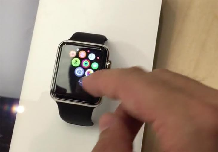 Apple Watch Store try-on in video demo