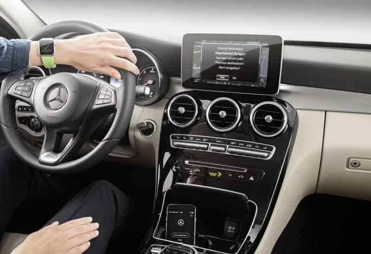 Apple Watch to display Mercedes maintenance codes