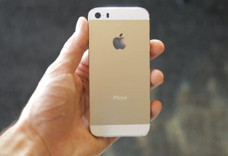Apple iPhone 5S in champagne not gold, or so we are led to believe.