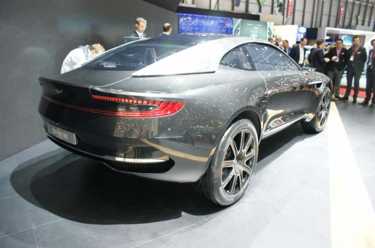 Aston Martin DBX rear design
