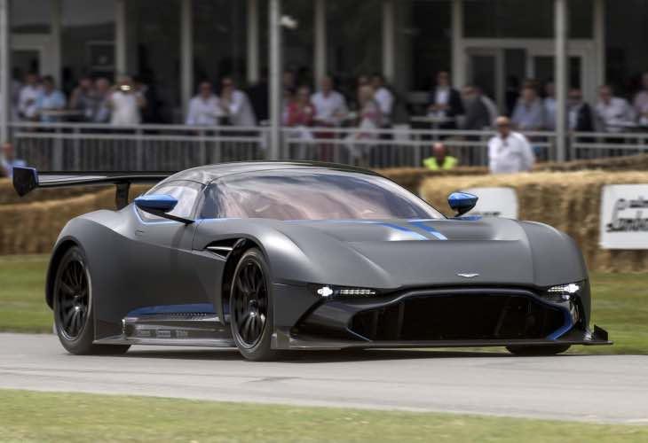 Aston Martin Vulcan test