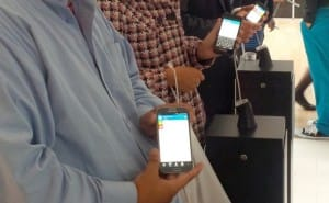 BBM app on iPhone 5, Android's Galaxy S4