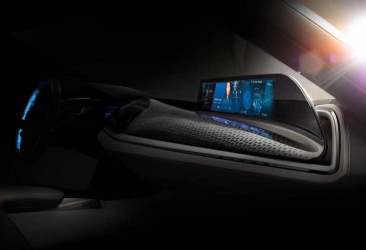 BMW i8 Spyder details
