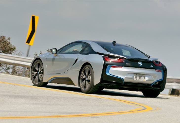BMW i8 performance update for 2016