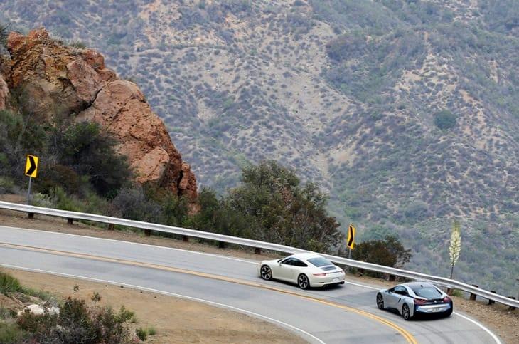 BMW i8 vs. Porsche 911