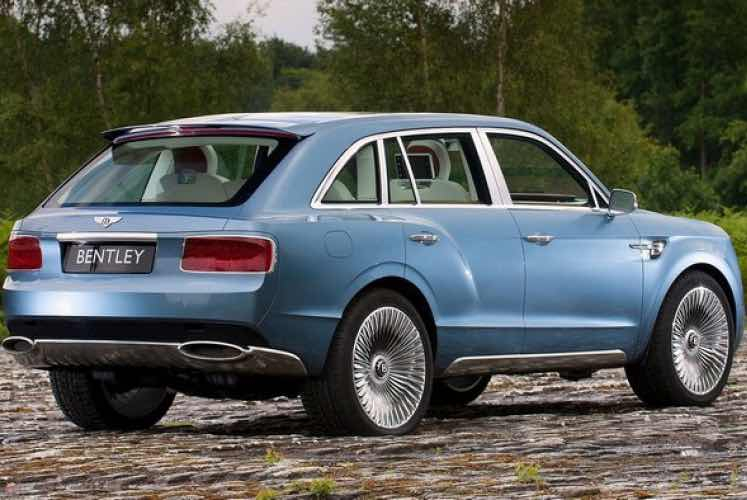 Bentley Bentayga competition from Mercedes-Maybach SUV