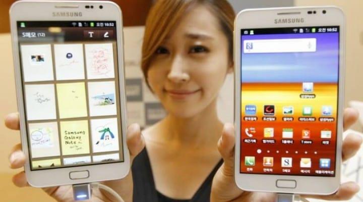 Misguided Samsung Galaxy Mega visual reviews