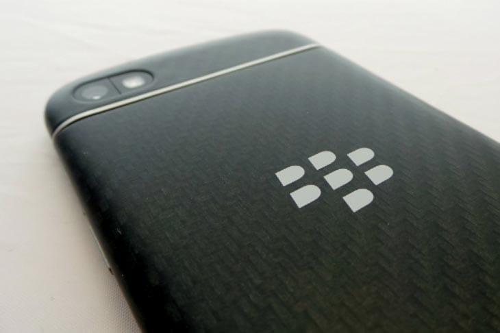 BlackBerry-Q10-Back-Camera