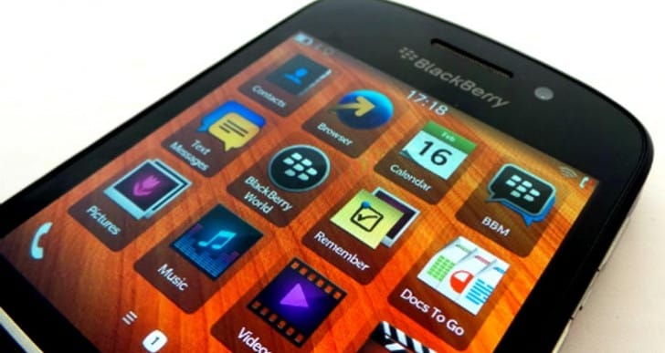 BlackBerry Q10 specs equal success at UK release