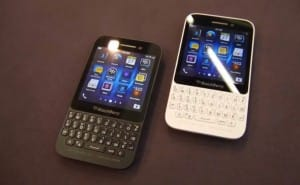 BlackBerry Q10 vs. Q5 in QWERTY review