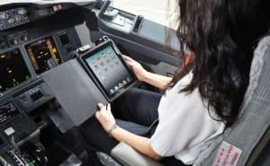 Boeing airplane maintenance by iPad app