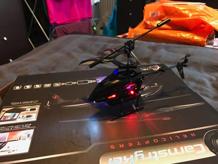 camstryker-rc-helicopter-review-with-camera-2