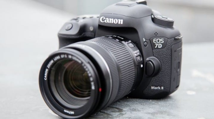 Awaiting Canon 7D Mark II manual