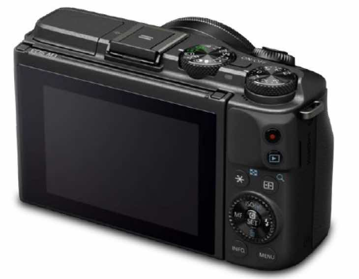 Canon EOS M3 spotted