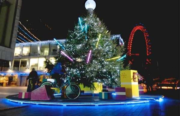 Christmas tree lights target UK environmentalists