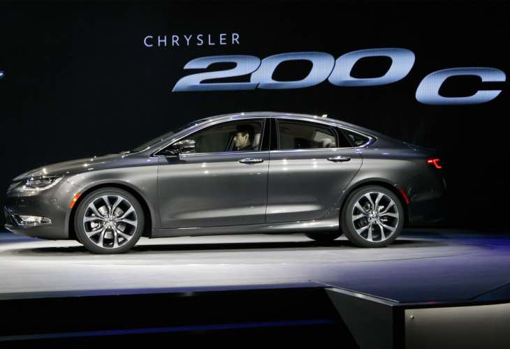 Chrysler recalls 2015 200 3.6-liter V6 model