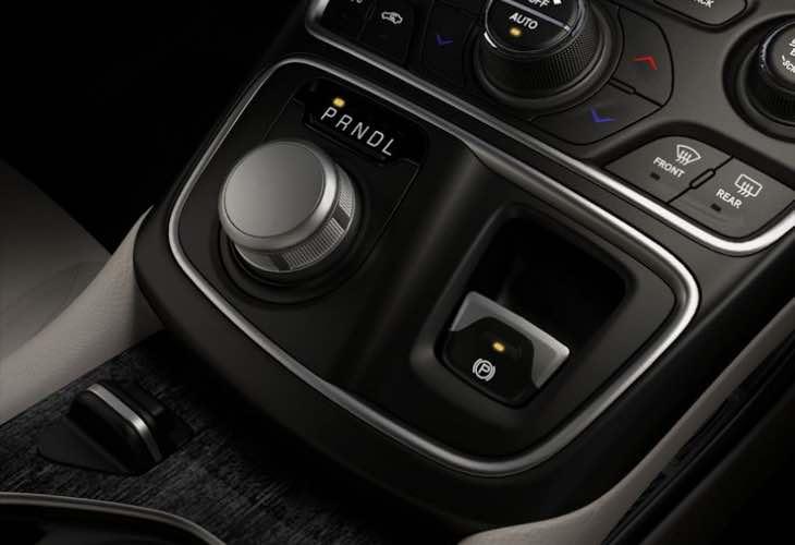 Chrysler recalls 2015 200 model