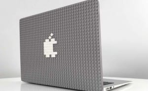 Customizable MacBook case for 2015 with LEGO-style bricks