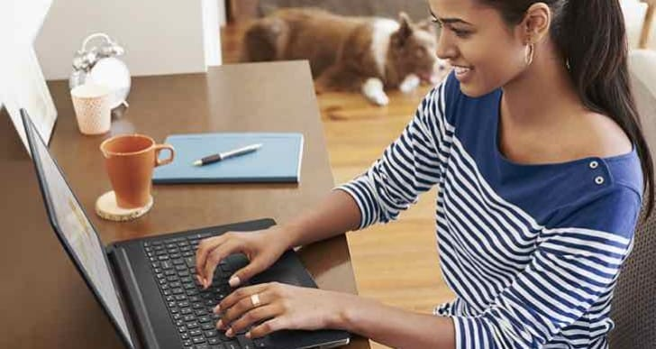 Dell Inspiron 15 3000 Series features Windows 10